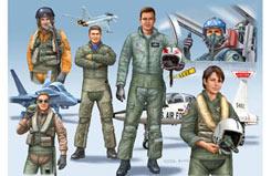 1/72 NATO Pilots - 02402