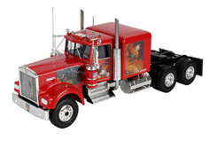 1/25 Kenwood W-900 Tractor Unit - 07497