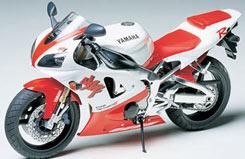 Tamiya 1/12 Yamaha YZF-R1 Kit - 14073