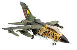 1/144 Tornado Ecr Model Set - 64048