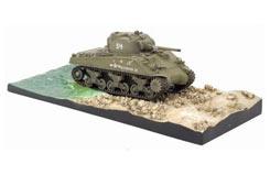Sherman M4A2 W/Diorama Base - dr60374