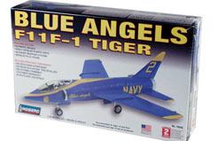 Lindberg 1/48 Blue Angels F-11 - ln70542
