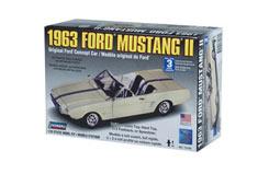 Lindberg 1/25 Mustang II Kit - ln72169