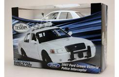 Testors 1/24 Crown Victoria Police - te640015